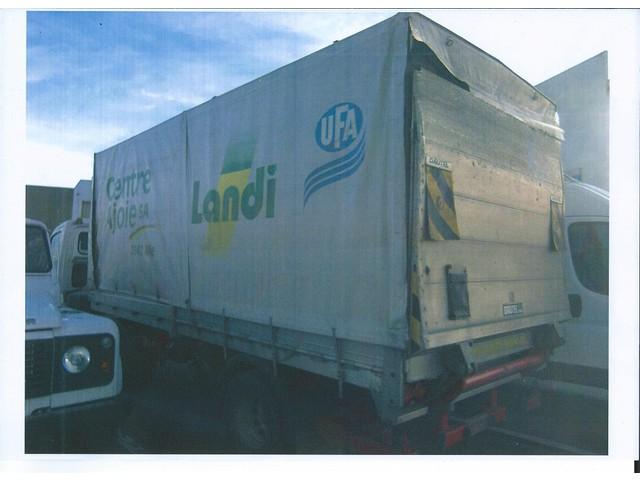 JAQU922_449118 vehicle image
