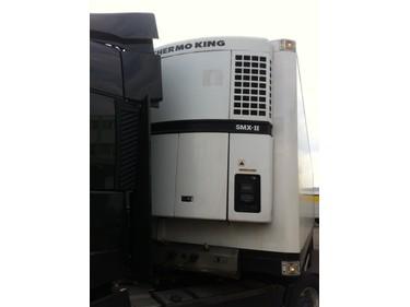 JAQU922_465928 vehicle image