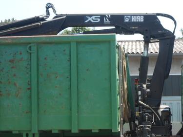 JAQU922_479604 vehicle image