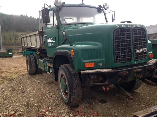 JAQU922_516379 vehicle image