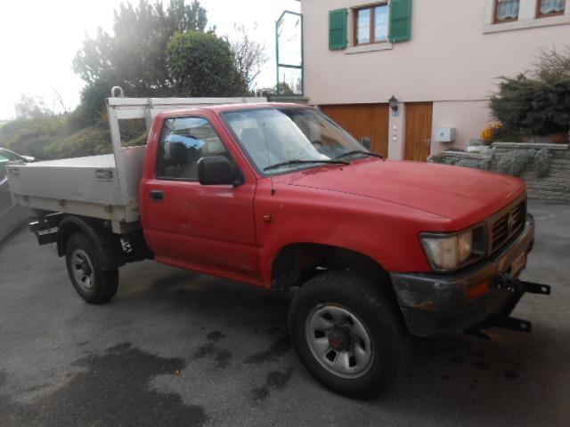 JAQU922_502391 vehicle image
