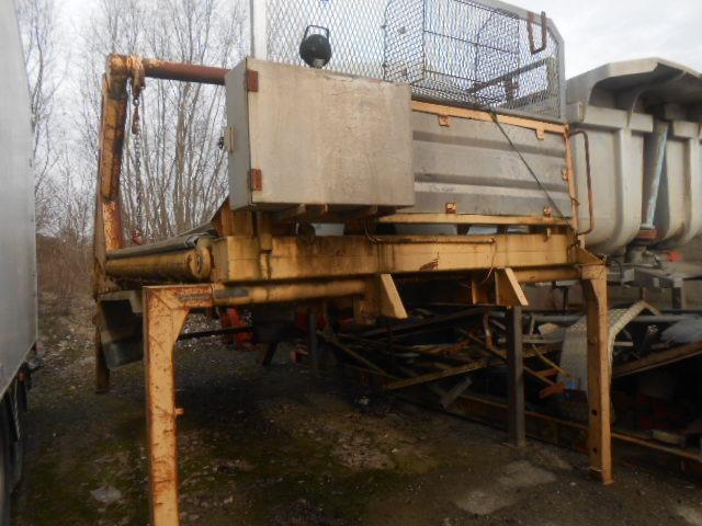 JAQU922_516368 vehicle image
