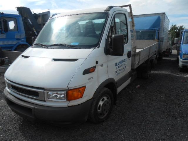 JAQU922_481720 vehicle image