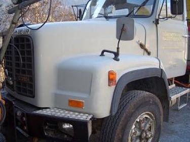 RARO1486_228901 vehicle image