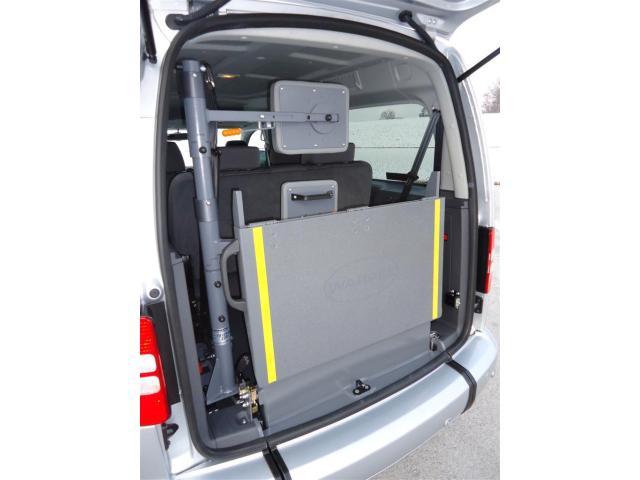 volkswagen caddy maxi move behinderten fahrzeug nutzfahrzeuge kaufen und verkaufen. Black Bedroom Furniture Sets. Home Design Ideas