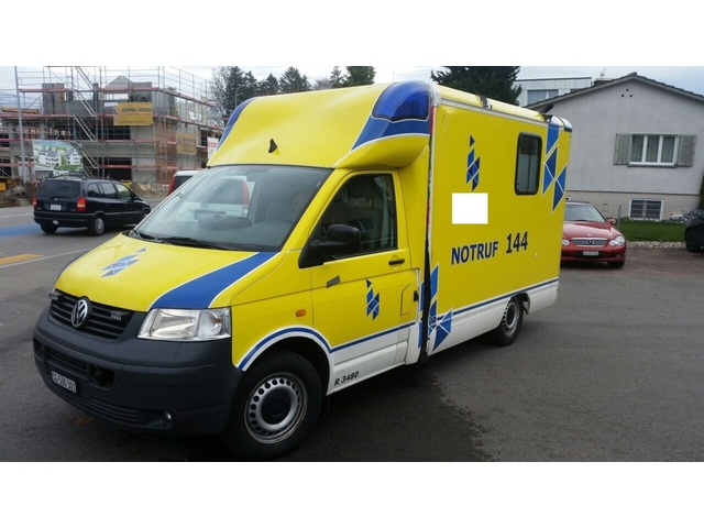 JAQU922_523150 vehicle image
