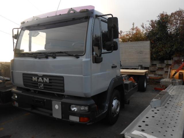 JAQU922_500006 vehicle image