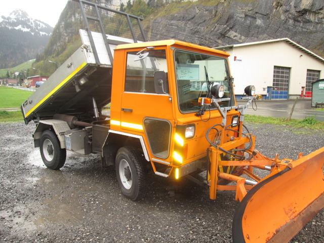 RINA4324_445974 vehicle image