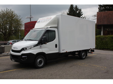 SOMM2698_610362 vehicle image
