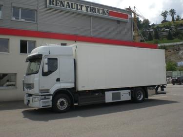 WIND191_386622 vehicle image