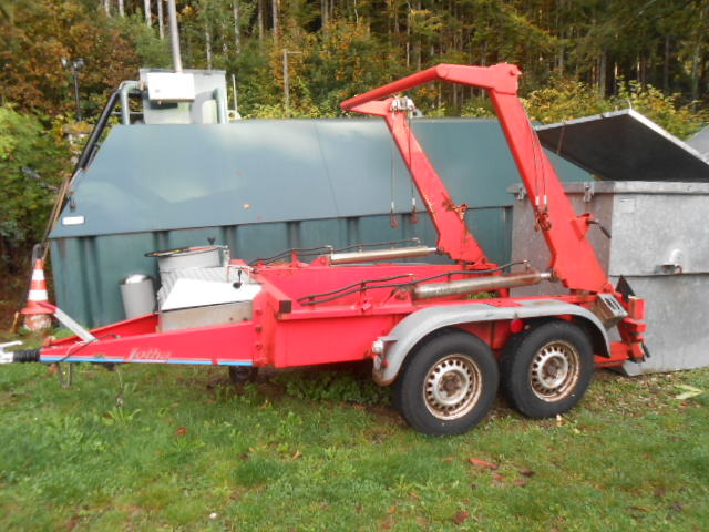 JAQU922_499184 vehicle image