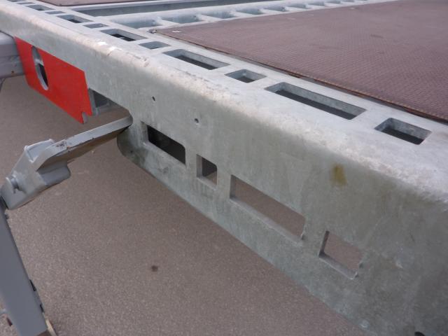 ESCH6048_626851 vehicle image